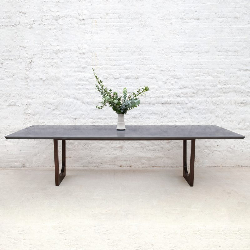 Lolita Dining Table