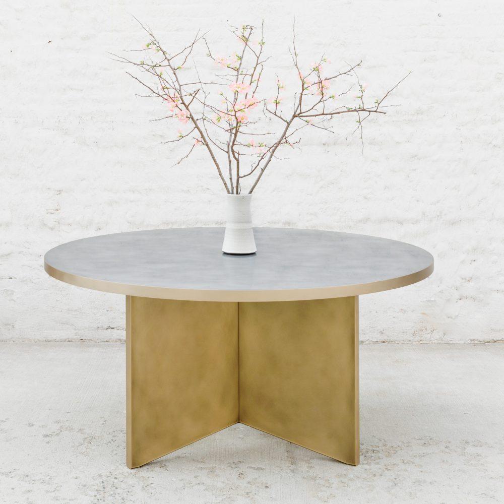 Round Vega Dining Table