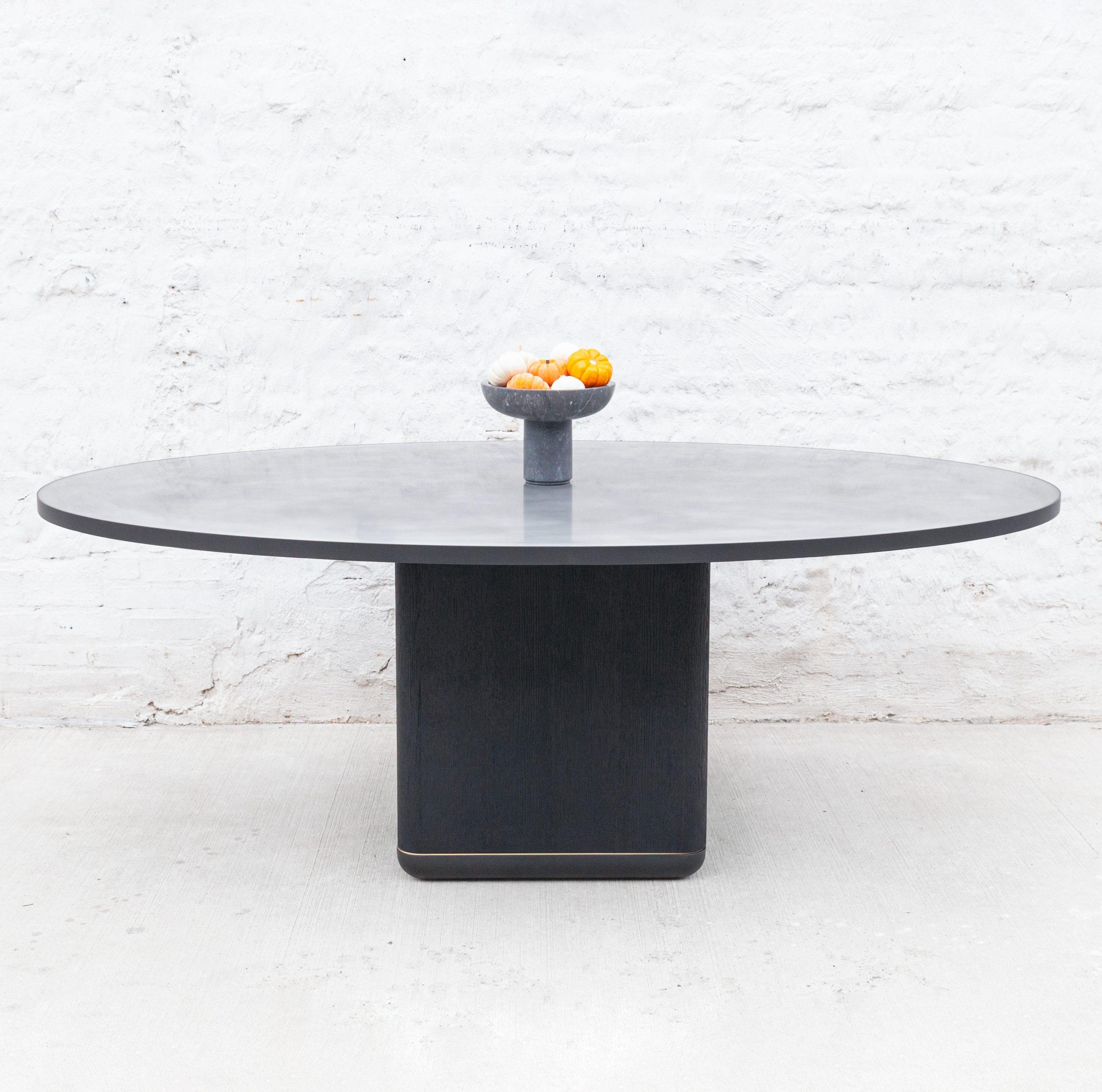 Jasper Pedestal Table Wud Furniture